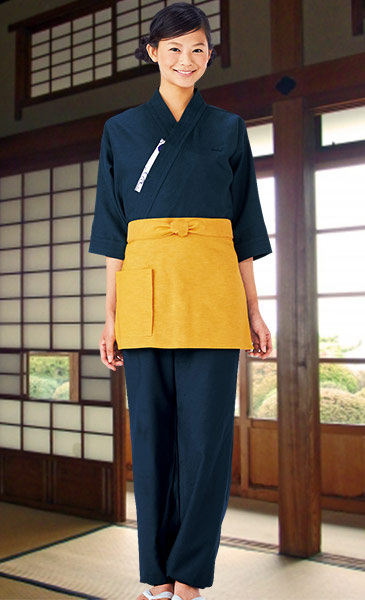 定番の作務衣パンツスタイル