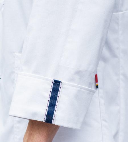 折り返して着られる袖デザインのイメージ画像
