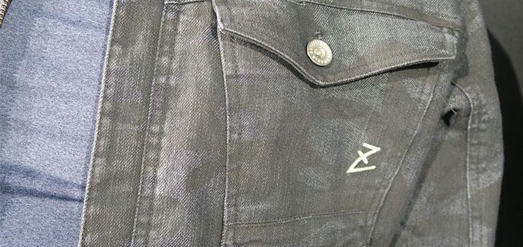 インディゴカモフラ柄のデニム作業服