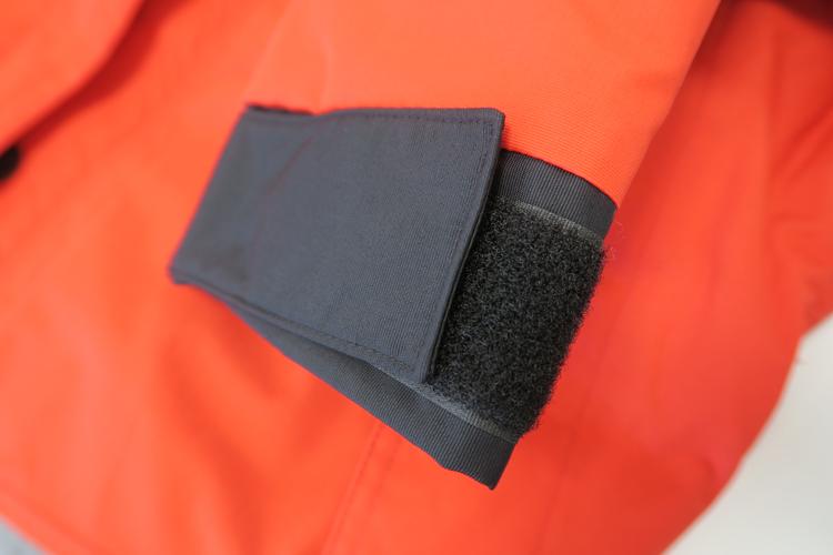 バートル 防水防寒ジャケット 7610 袖口のアップ画像