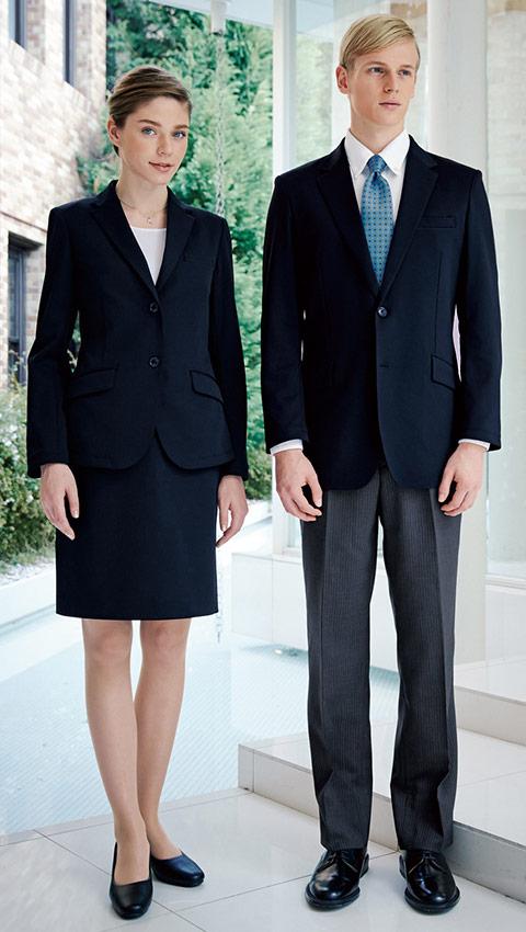 ウォッシャブルニットスーツの魅力